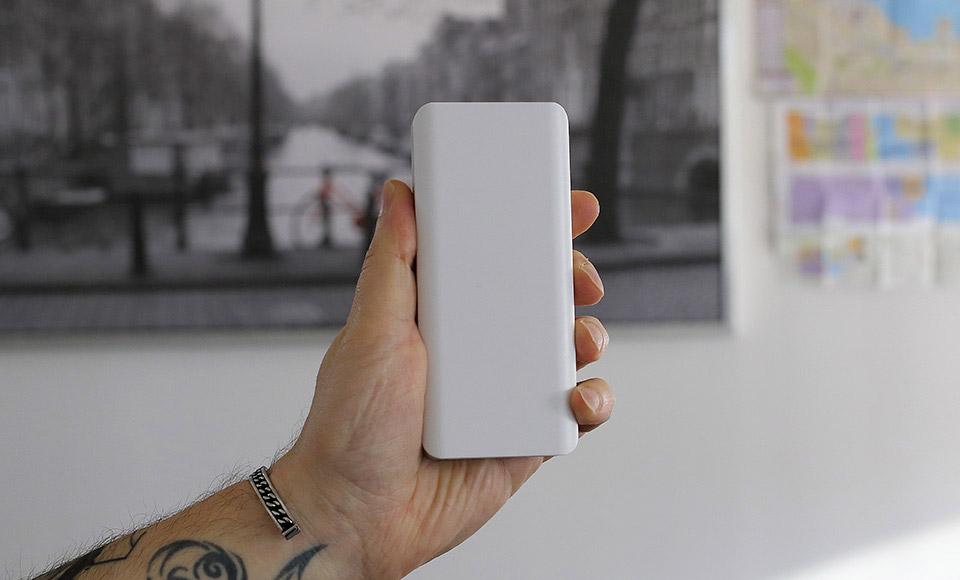 batteria esterna Power Bank 10000mAh fast-charge 2A, Dual USB, Batteria Esterna, bianco